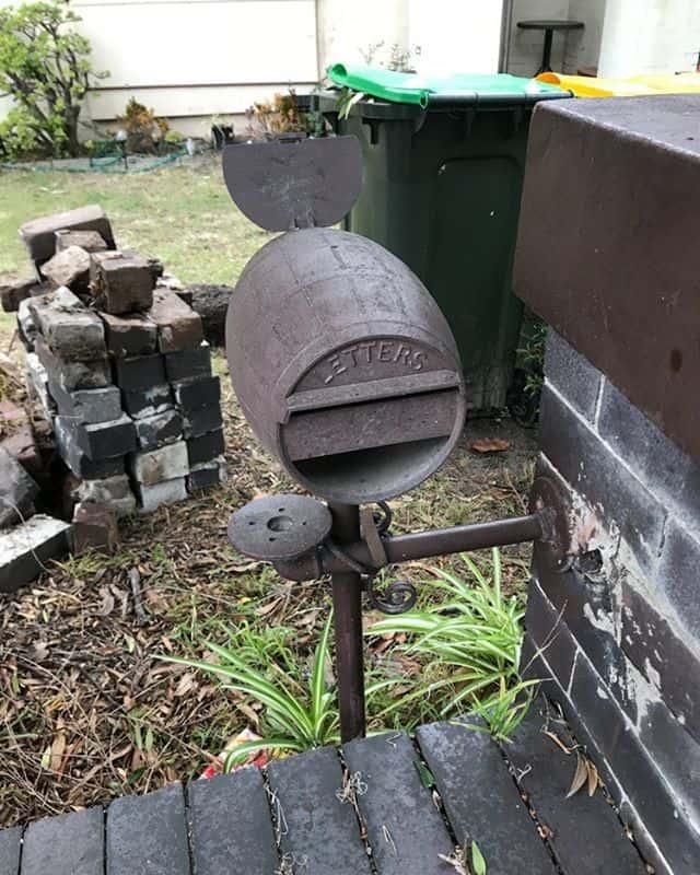 Barrel letterbox